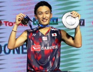Axelsen: Kento is the '1' – Singles Finals: BLIBLI Indonesia Open 2018